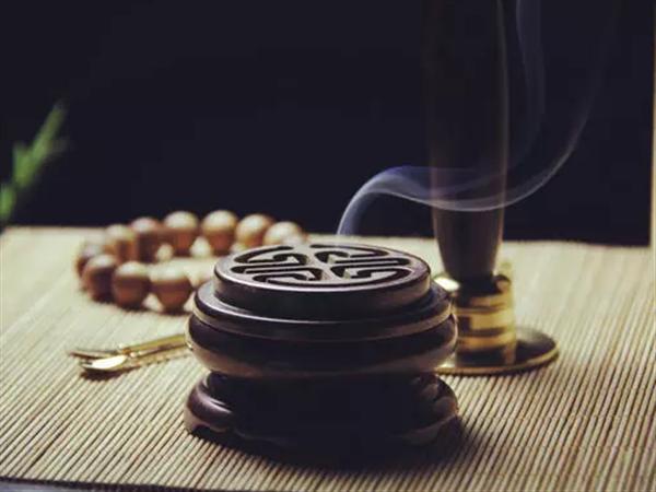 不同沉香香品有哪些选购技巧和品闻要领?